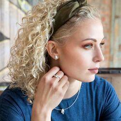Bastian Inverun bladvormige oorstekers diamantje