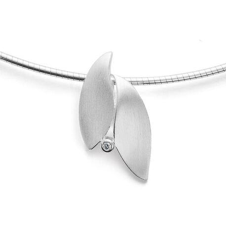 Bastian Inverun zilveren bladeren hanger met diamantje 28051