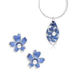Nicole Barr sieradenset met blauwe bloemen hanger oorbellen