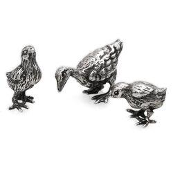 Zilveren miniaturen eend met pullen