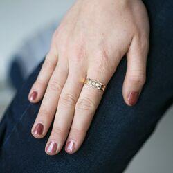 Geelgouden ring 18 karaats 3 briljanten