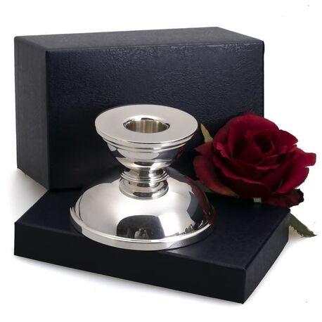 Zilveren kandelaar modern ontwerp