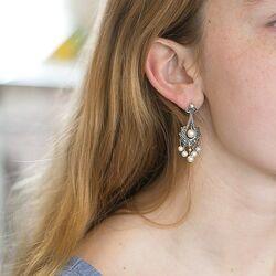 Markasiet oorstekers met pareltjes