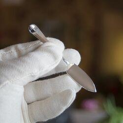 Zilveren kruidenbotermesje Hollands Glad 10 cm.