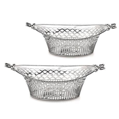 Paar bonbonmandjes zilver van Van Kempen anno 1922