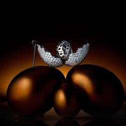 Maison Tatiana Fabergé ketting met hanger die open kan TF9
