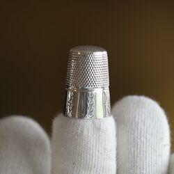 Grote oude zilveren vingerhoed van Gabler Duitsland