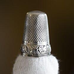 Vingerhoed Nederlands zilver rond 1900