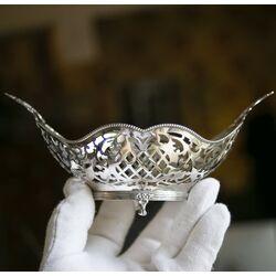 Chique zilveren bonbonmand met oren op pootjes