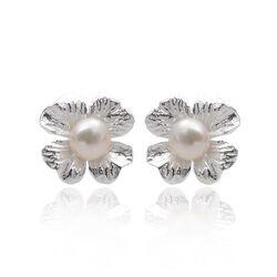 Zilveren bloem oorstekers zoetwaterparel