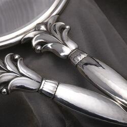Georg Jensen kapset zilver naar ontwerp van Harald Nielsen