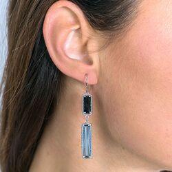 Zinzi zilveren oorhangers sierlijke rechthoeken blauw zwart