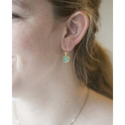 Julie Sandlau vergulde Primula oorhangers groen