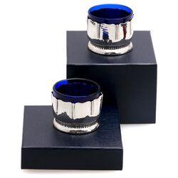 Stel art deco zilveren zoutvaatjes met blauw glas