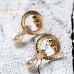 Bastian Inverun gouden oorstekers parel