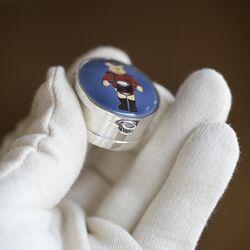 Gekleurd zilveren tandendoosje met beer Hs010