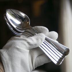 6 zilveren dessertlepels 1925 Haags lofje