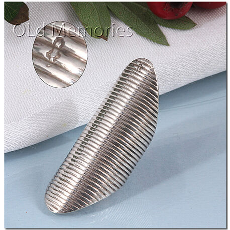Antiek zilveren naairing 19e eeuws