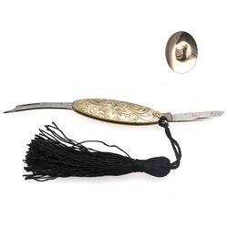 Gouden handwerk mesje met diamantje gemaakt in de 19e eeuw