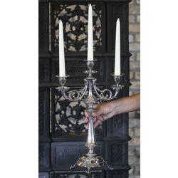 Stel kapitale zilveren kandelaars 3 lichts Van Kempen te Voorschoten in de 19e eeuw