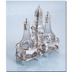 Zilveren olie en azijnstel gemaakt in Den Haag