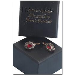 Verguld zilveren oorbellen rood en grijze strass