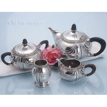 Zilveren servies 4 delig gerritsen en van kempen