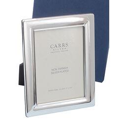 Verzilverde fotolijst met een glad montuur van Carrs