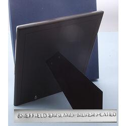 Grote verzilverde fotolijst van Carrs fotomaat 25 x 20 cm