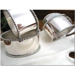 Zilveren servetring ovaal met parelrand
