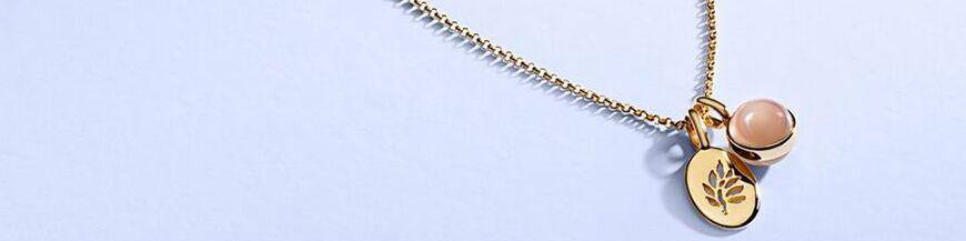 Julie Sandlau colliers hangers