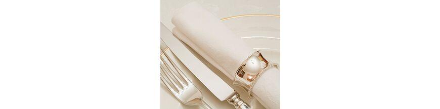 Zilveren servetringen