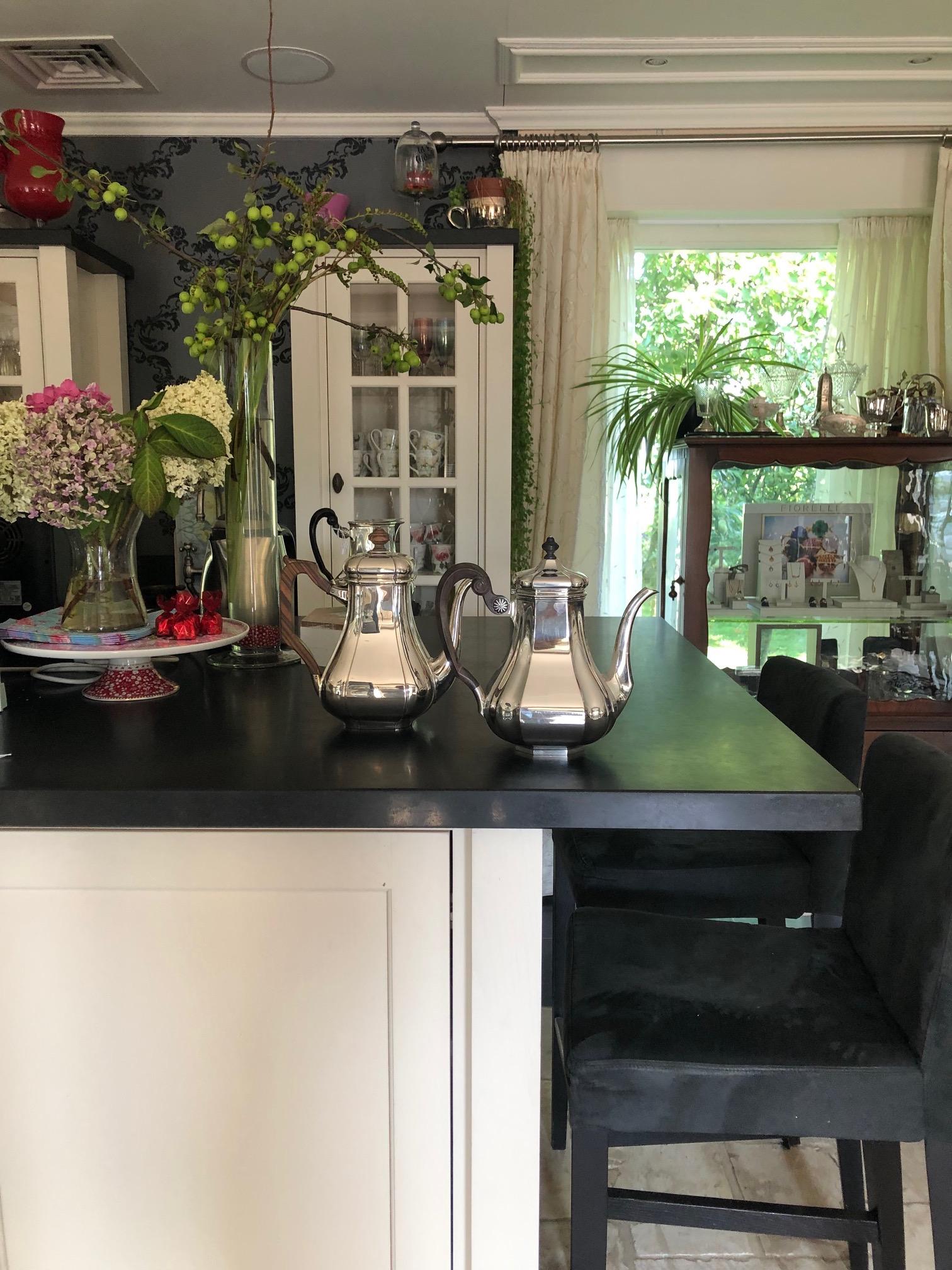 Zilveren koffiepot in model Versailles en Cardinaal