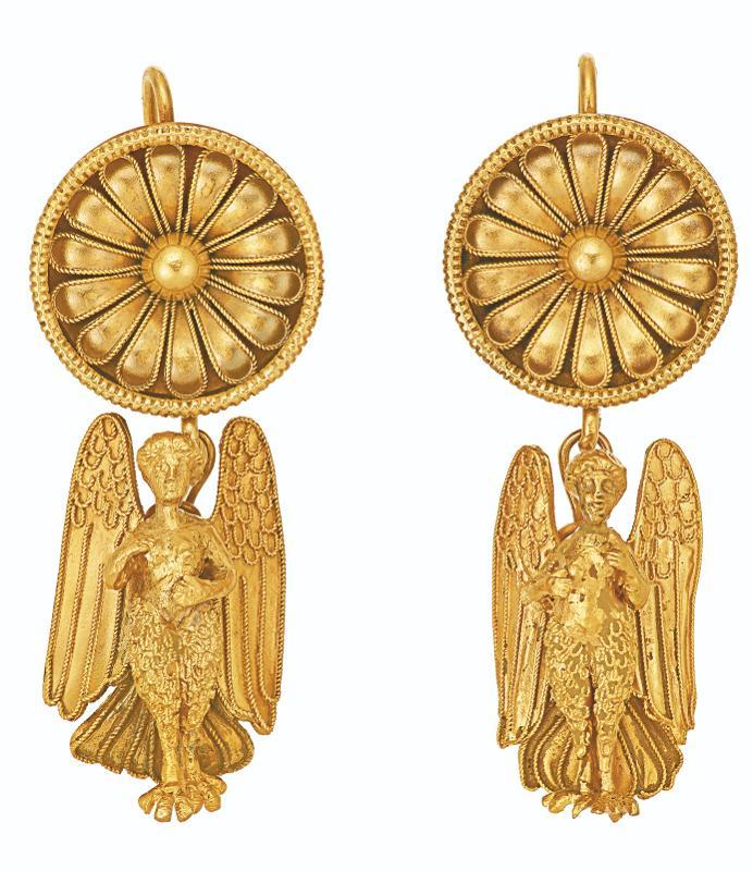 Antieke gouden oorbellen van Castellani Kennisbank Zilver.nl