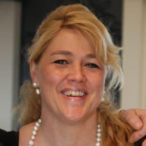 Ursula Boonstra-de Jonge zilverexpert, zilverkeuren expert, deskundige bij Zilver.nl