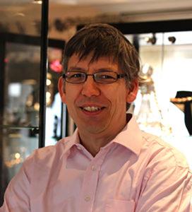 Michel de Jonge zilverexpert en top graveur bij Zilver.nl