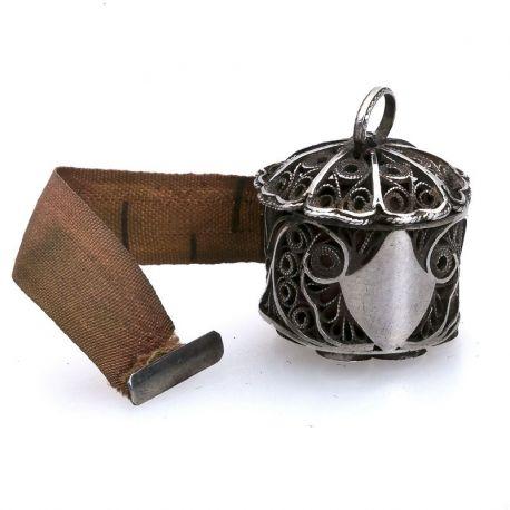 zilveren centimeterhouder van filigrein